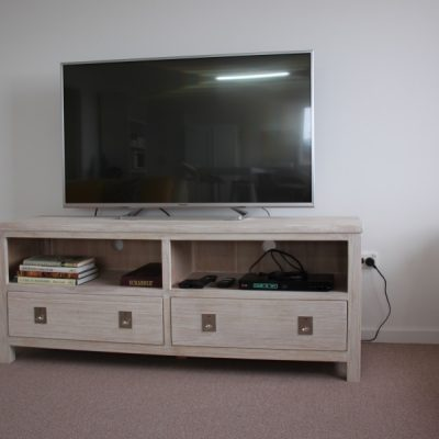 Large 3D SMART TV & DVD